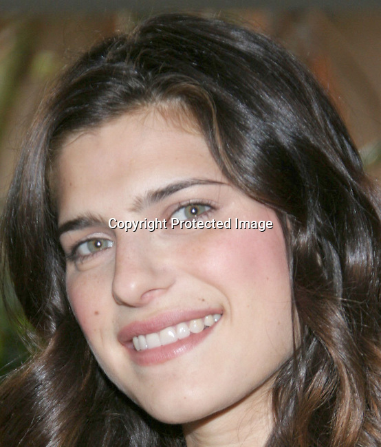 Lake Bell<br />The Hollywood Reporter&rsquo;s Annual Women In Entertainment Power 100 Breakfast<br />Beverly Hills Hotel<br />Beverly Hills, CA, USA<br />Tuesday, December 7th, 2004 <br />Photo By Celebrityvibe.com/Photovibe.com, <br />New York, USA, Phone 212 410 5354, <br />email: sales@celebrityvibe.com