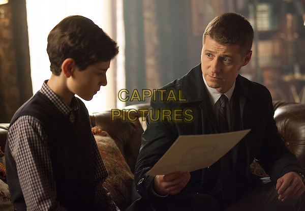 David Mazouz, Ben McKenzie<br /> in Gotham (2014&ndash; ) <br /> (Season 1)<br /> *Filmstill - Editorial Use Only*<br /> CAP/FB<br /> Image supplied by Capital Pictures