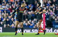 Picture by Allan McKenzie/SWpix.com - 23/03/2018 - Rugby League - Betfred Super League - Leeds Rhinos v Castleford Tigers - Elland Road, Leeds, England - Castleford's Luke Gale is congratulated by Ben Roberts on kicking a drop goal.