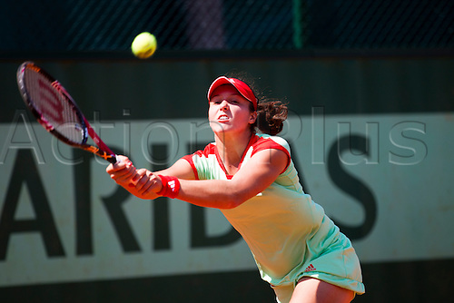 28.05.2012 Paris, France. Laura Robson in action against Anabel Medina Garrigues on day 2 of the French Open Tennis from Roland Garros.