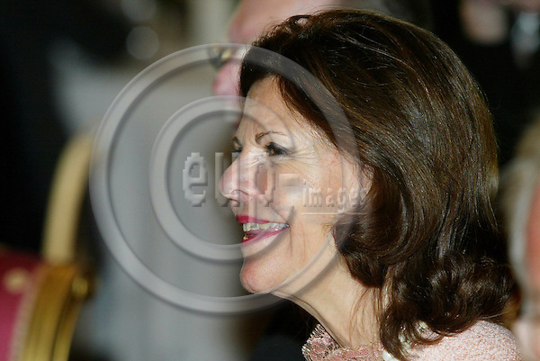 "BRUSSELS - BELGIUM - 17 NOVEMBER 2005 -- Queen Silvia during the lunch at the Royal Palace in Brussels before the opening of the exhibition about ""Queen Astrids life in Belgium"".  PHOTO: ERIK LUNTANG / EUP-IMAGES.."
