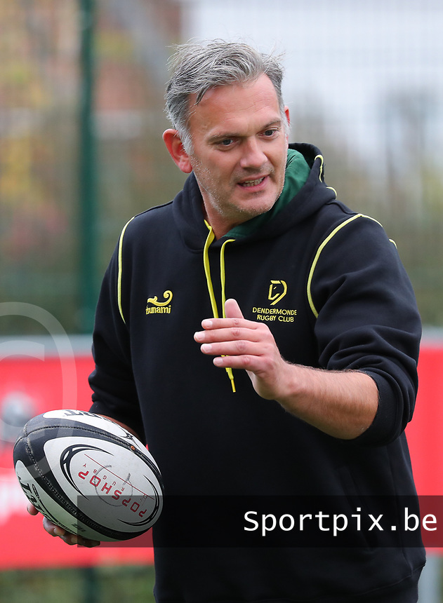 20190928 - Neder Over Hembeek, BELGIUM : Dendermonde's  coach is pictured before the female rugby match between the Dendermonde RC Women  and AAC Amsterdam Rugby Women, this is the final of the BeNeCup  on Saturday 28th September 2019 at the Nelson Mandela Stadium , Belgium. PHOTO SPORTPIX.BE | SEVIL OKTEM