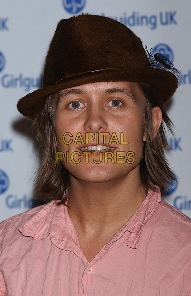 MARK OWEN .The Girlguiding Big Gig At Wembley Arena, London.11th October 2003 .headshot, portrait, hat.www.capitalpictures.com.sales@capitalpictures.com.Supplied By Capital PIctures