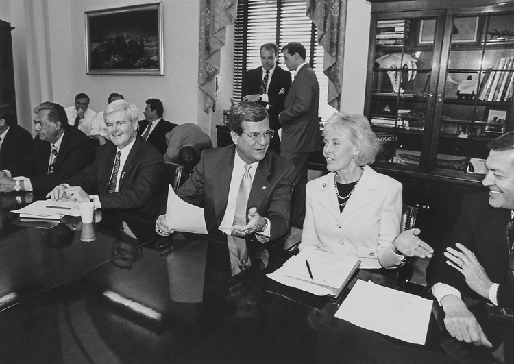 Rep. Dick Armey, R-Tex., Speaker of the House Rep. Newt Gingrich, R-Ga., Sen. Trent Lott, R-Miss., Rep. Jennifer Dunn, R-Wash., and Rep. John Linder, R-Ga., in June 1997. (Photo by Rebecca Roth/CQ Roll Call via Getty Images)
