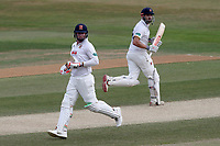 Simon Harmer and Nick Browne add to the Essex total during Essex CCC vs Somerset CCC, Specsavers County Championship Division 1 Cricket at The Cloudfm County Ground on 28th June 2018
