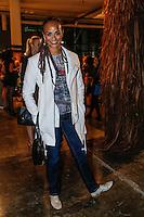 SAO PAULO, SP, 18 DE MARÇO DE 2013. SAO PAULO FASHION WEEK - PRIMAVERA/VERAO 2014 - CAVALERA - A cantora Luciana Melloi durante  o desfile da marca Cavalera que fecha o primeiro dia de desfiles da São Paulo Fashion Week - verão 2014.  a cantora usa look completo da marca DTA. Cavalera. FOTO ADRIANA SPACA/BRAZIL PHOTO PRESS
