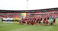 CUCUTA - COLOMBIA, 22-09-2019: Jugadopres del Cúcuta y cali durante los actos protocolarios previo al partido entre Cúcuta Deportivo y Deportivo Cali por la fecha 12 de la Liga Águila II 2019 jugado en el estadio General Santander de la ciudad de Cúcuta. / Players of Cucuta and Cali during the formal events prior the match between Cucuta Deportivo and Deportivo Cali for the date 12 of the Liga Aguila II 2019 played at the General Santander stadium in Cucuta city. Photo: VizzorImage / Manuel Hernandez / Cont
