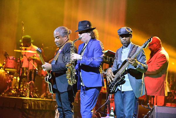 HOLLYWOOD, FL - MAY 10: Boney James performs onstage at Hard Rock Live at Seminole Hard Rock Hotel & Casino – Hollywood on MAY 10, 2016 in Hollywood, Florida. Credit: MPI10 / MediaPunch