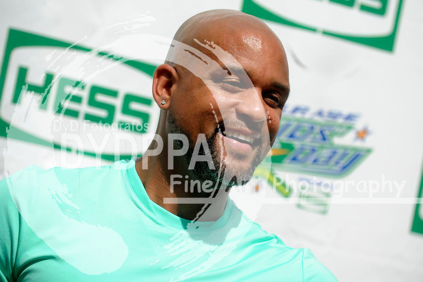 Shaun T attending Arthur Ashe Kids Day 2015 at the US Open at USTA Billie Jean King National Tennis Center on August 29, 2015 in New York City