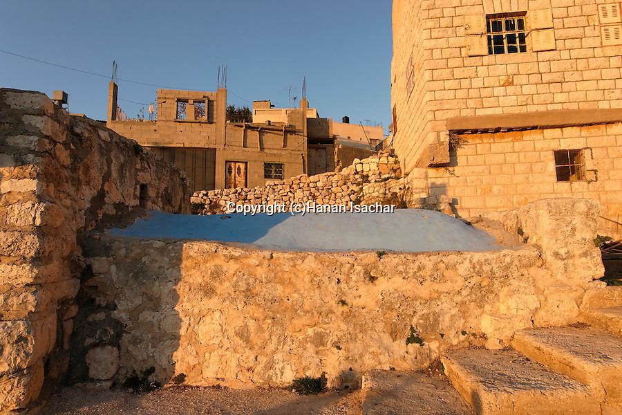 Samaria, Nun's Tomb in Kifl Hares