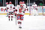 Stockholm 2014-02-24 Ishockey Hockeyallsvenskan Djurg&aring;rdens IF - S&ouml;dert&auml;lje SK :  <br /> S&ouml;dert&auml;ljes Jacob Jake Marto deppar<br /> (Foto: Kenta J&ouml;nsson) Nyckelord:  depp besviken besvikelse sorg ledsen deppig nedst&auml;md uppgiven sad disappointment disappointed dejected