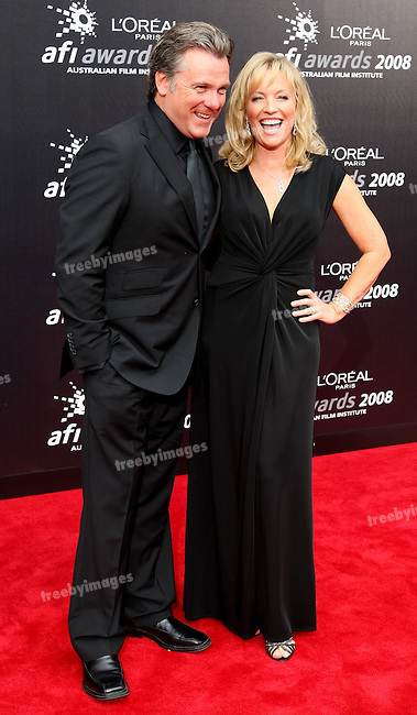 Erik Thompson and Rebecca Gibney on the red carpet at  the 2008 AFI Awards from the Princess Theatre Melbourne Saturday 6th December 2008