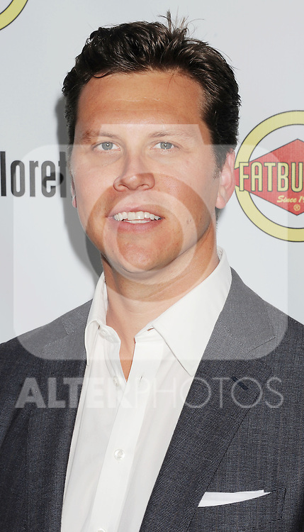 HOLLYWOOD, CA - AUGUST 23: Hayes MacArthur arrives at the Los Angeles premiere of 'Bachelorette' at the Arclight Hollywood on August 23, 2012 in Hollywood, California. /NortePhoto.com.... **CREDITO*OBLIGATORIO** *No*Venta*A*Terceros*..*No*Sale*So*third* ***No*Se*Permite*Hacer Archivo***No*Sale*So*third*