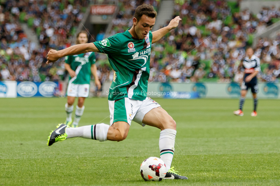 Benjamin KANTAROVSKI of the Jets kicks the ball in the round nine match between Melbourne Victory and the Newcastle Jets in the Australian Hyundai A-League 2013-24 season at AAMI Park, Melbourne, Australia. Photo Sydney Low/Zumapress<br /> <br /> This image is not for sale on this web site. Please visit zumapress.com for licensing