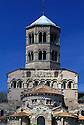 24/03/03 - ISSOIRE - PUY DE DOME - FRANCE - La Basilique SAINT AUSTREMOINE - Photo Jerome CHABANNE