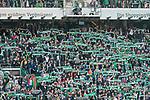 15.04.2018, Weser Stadion, Bremen, GER, 1.FBL, Werder Bremen vs RB Leibzig, im Bild<br /> <br /> Fans Feature im Stadion<br /> Westkurve Fahnen Bahner Stimmung Emotionen<br /> <br /> Foto &copy; nordphoto / Kokenge