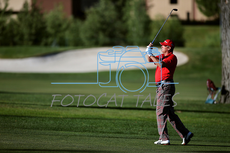 Former MLB player Bret Saberhagen plays in the final round of the American Century Championship at Edgewood Tahoe Golf Course in Stateline, Nev., on Sunday, July 19, 2015. <br /> Photo by Cathleen Allison
