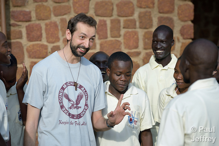 Paolo Rizzetto speaks with students at the Catholic Health Training Institute (CHTI) in Wau, South Sudan. Run by Solidarity with South Sudan, an international network of Catholic organizations supporting the development of the world's newest country, the CHTI trains nurses and midwives from throughout the country. Brother Rizzetto, an Italian physician who is a Comboni missionary, is vice principal of the institute.
