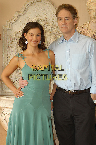 "ASHLEY JUDD & KEVIN KLINE   .Photocall for Irwin Winkler film ""De-Lovely"" at the.Hotel Eden, Rome, Italy, 7th October 2004..half length green dress silver earrings             .Ref: LC.www.capitalpictures.com.sales@capitalpictures.com.©Luca Cavallari/Capital Pictures ."