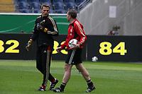 Hans-Joerg Butt mit Torwarttrainer Andreas Koepke<br /> WM-Team des DFB trainiert in der Commerzbank Arena *** Local Caption *** Foto ist honorarpflichtig! zzgl. gesetzl. MwSt. Auf Anfrage in hoeherer Qualitaet/Aufloesung. Belegexemplar an: Marc Schueler, Alte Weinstrasse 1, 61352 Bad Homburg, Tel. +49 (0) 151 11 65 49 88, www.gameday-mediaservices.de. Email: marc.schueler@gameday-mediaservices.de, Bankverbindung: Volksbank Bergstrasse, Kto.: 151297, BLZ: 50960101