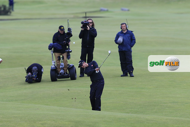 Adam Scott (AUS) plays his 2nd shot on the 18th hole during Sunday's Round 3 of the 144th Open Championship, St Andrews Old Course, St Andrews, Fife, Scotland. 19/07/2015.<br /> Picture Eoin Clarke, www.golffile.ie
