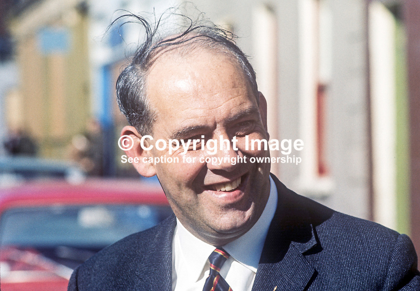 Major Ronald Bunting, Commandant, Loyal Citizens of Ulster, loyalist organisation, N Ireland, August, 1969, 196908000227<br />
