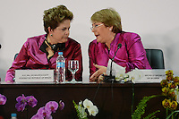 RIO DE JANEIRO-21/06/2012-A Presidenta Dilma Rousseff do Brasil e a Presidente Michelle Bachelet, do Chile, no Rorum de Mulheres Lideres sobre o desenvolvimento sustentavel, no Rio Centro, Barra da Tijuca, zona oeste do Rio.Foto:Marcelo Fonseca-Brazil Photo Press