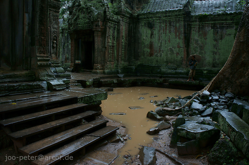 center area of Bantheay Kdei temple flooded after monsun rain,   Angkor Wat, Cambodia, August 2011