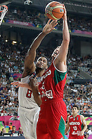 USA's Rudy Gay (l) and Mexico's Marco Ramos during 2014 FIBA Basketball World Cup Round of 16 match.September 6,2014.(ALTERPHOTOS/Acero)