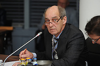 POLITIEK: JOURE: 06-01-2014, Gemeentehuis Heremastate, Raadsvergadering gemeente De Friese Meren, burgemeester Arie Aalberts (voorzitter van de raad), ©foto Martin de Jong