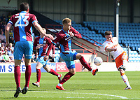 Blackpool's Jordan Thompson fires a shot towards goal<br /> <br /> Photographer David Shipman/CameraSport<br /> <br /> The EFL Sky Bet League One - Scunthorpe United v Blackpool - Friday 19th April 2019 - Glanford Park - Scunthorpe<br /> <br /> World Copyright © 2019 CameraSport. All rights reserved. 43 Linden Ave. Countesthorpe. Leicester. England. LE8 5PG - Tel: +44 (0) 116 277 4147 - admin@camerasport.com - www.camerasport.com
