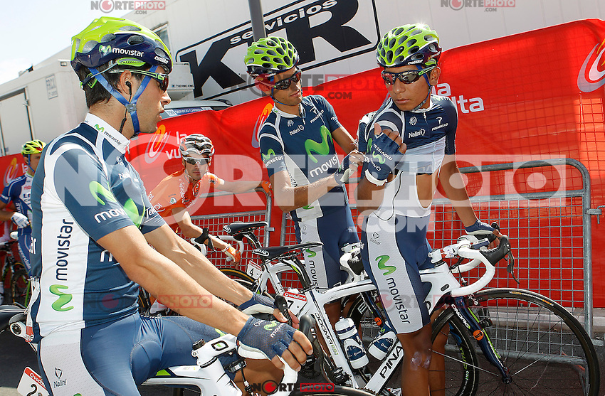 Jonathan Castroviejo (l), Benat Intxausti and Nairo Alexander Quintana preparing the radio before the stage of La Vuelta 2012 beetwen La Faisanera Golf (Segovia)-La Bola del Mundo.September 8,2012. (ALTERPHOTOS/Acero) /NortePhoto.com<br />