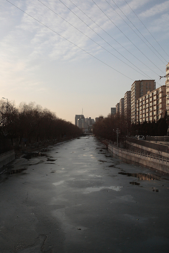 Canal nord, le,long du deuxième périphérique, xiaojiejiao.