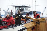 SKUTSJESILEN: LANGWEER: Langwarder Wielen, 13-04-2013, Skûtsjesilen Langwar, Gerrit de Vries (Sneek), Douwe Jzn Visser (adviseur), ©foto Martin de Jong