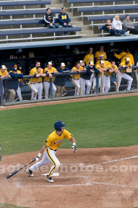 The University of Michigan baseball team loses to UC Davis, 4-3, at Davis, Calif., on March 3, 2016.
