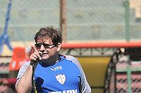 SÃO PAULO, SP, 21 DE JANEIRO DE 2014 -  ESPORTES - FUTEBOL - TREINO DA PORTUGUESA - Guto Ferreira.  Durante treino no estádio do Canindé, preparação para partida entre a equipe do Ituano. FOTOS: Dorival Rosa/Brazil Photo Press).
