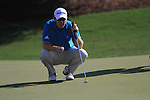 Richie Ramsay lines up his putt on the 8th green during Day 1 of the Dubai World Championship, Earth Course, Jumeirah Golf Estates, Dubai, 25th November 2010..(Picture Eoin Clarke/www.golffile.ie)