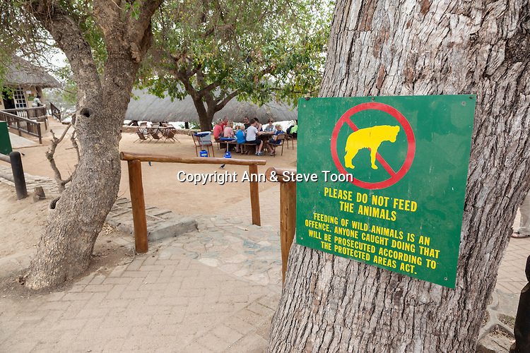 Don't feed the animals sign, picnic spot, Kruger national park, South Africa, October 2014