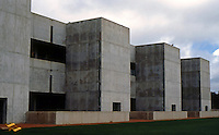Louis I. Kahn: Salk Institute. Southern Wall. Photo 2004.