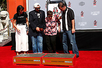 LOS ANGELES - OCT 14:  Kevin Smith, Family at the Kevin Smith And Jason Mewes Hand And Footprint Ceremony at the TCL Chinese Theater on October 14, 2019 in Los Angeles, CA