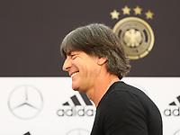 Bundestrainer Joachim Loew (Deutschland Germany) gibt den 23-Mann WM-Kader bekannt - 04.06.2018: Pressekonferenz der Deutschen Nationalmannschaft zur WM-Vorbereitung in der Sportzone Rungg in Eppan/Südtirol