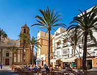 Spanien, Andalusien, Cádiz: Cafes auf der Plaza de la Catedral   Spain, Andalusia, Cádiz: Cafes at Plaza de la Catedral