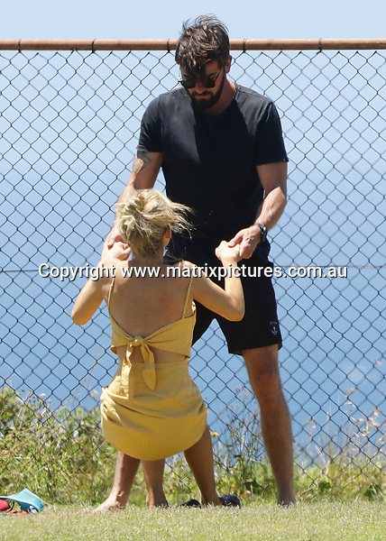 8 DECEMEBR 2018 SYDNEY AUSTRALIA<br /> WWW.MATRIXPICTURES.COM.AU<br /> <br /> EXCLUSIVE PICTURES <br /> <br /> Sam Frost puts on amorous display with her boyfriend Dave Bashford at a local dog park.<br /> <br /> Note: All images subject to the following: For editorial / news reporting use only. Additional clearance required for commercial, wireless, internet or promotional use.Images may not be altered or modified. Matrix Media Group makes no representations or warranties regarding names, trademarks or logos appearing in the images.