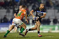Jonathan Joseph of Bath Rugby in possession. European Rugby Champions Cup match, between Benetton Rugby and Bath Rugby on January 20, 2018 at the Municipal Stadium of Monigo in Treviso, Italy. Photo by: Patrick Khachfe / Onside Images