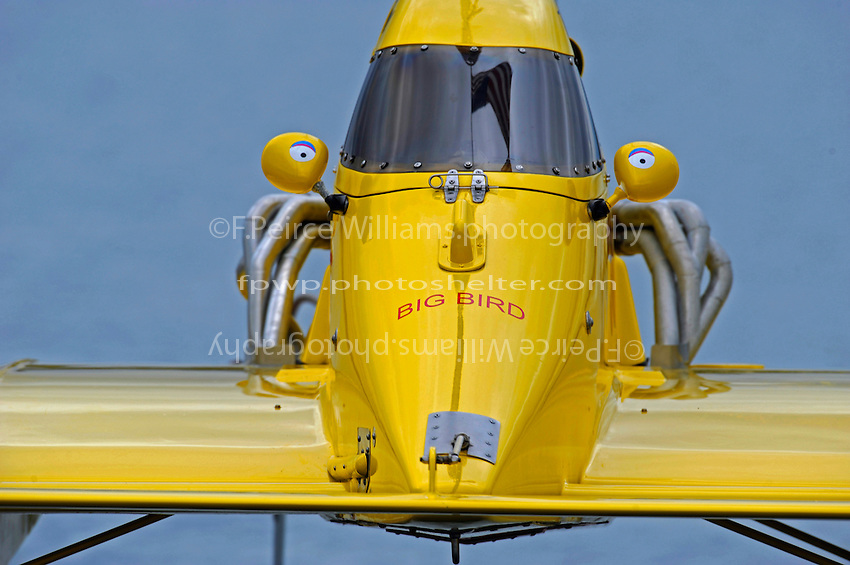 """NM-30 """"Pennzoil Big Bird"""" is lowered to the water.  (National Mod hydroplane(s)"""