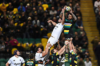 Courtney Lawes of Northampton Saints wins the ball at a lineout. Aviva Premiership match, between Northampton Saints and Bath Rugby on September 15, 2017 at Franklin's Gardens in Northampton, England. Photo by: Patrick Khachfe / Onside Images