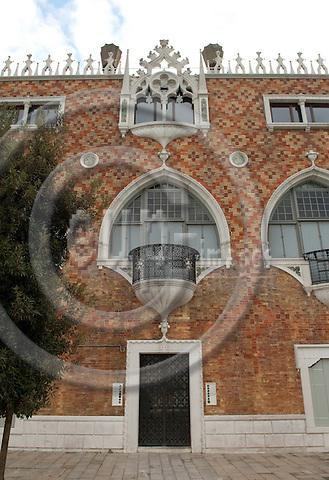 Giudecca-Venice-Italy - January 02, 2011 -- Palazzo Tre Oci -- architecture -- Photo: Horst Wagner / eup-images