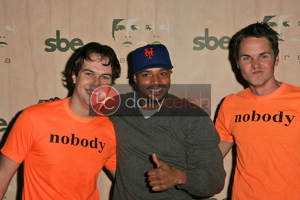 Paul Campbell with Donald Faison and Taran Killam<br />at the Opening of &quot;Area&quot; Nightclub. Area, West Hollywood, CA. 09-28-06<br />Dave Edwards/DailyCeleb.com 818-249-4998