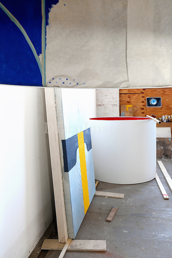 modern canvas