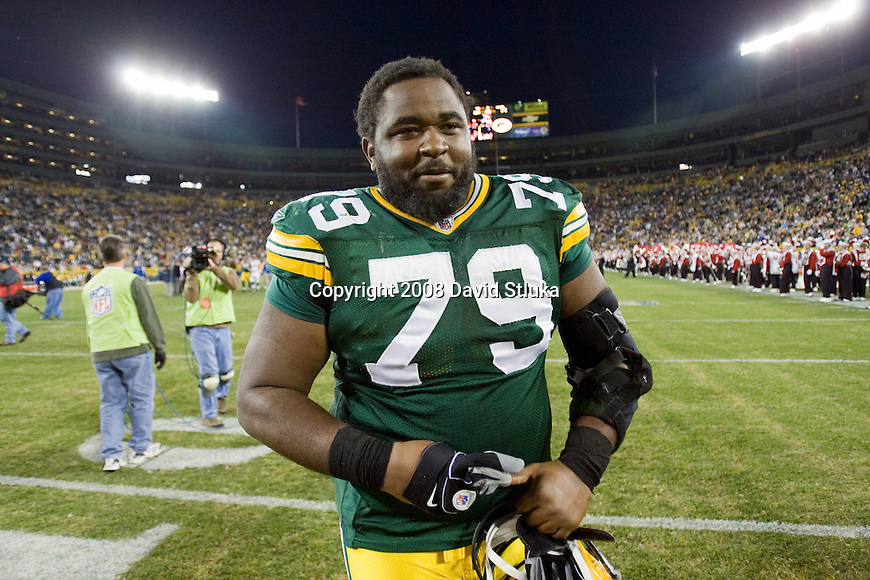 GREEN BAY, WI - OCTOBER 19: Defensive lineman Ryan Pickett #79 of the Green Bay Packers walks off the field after the game against the Indianapolis Cots at Lambeau Field on October 19, 2008 in Green Bay, Wisconsin. The Packers beat the Colts 34-14. (Photo by David Stluka)